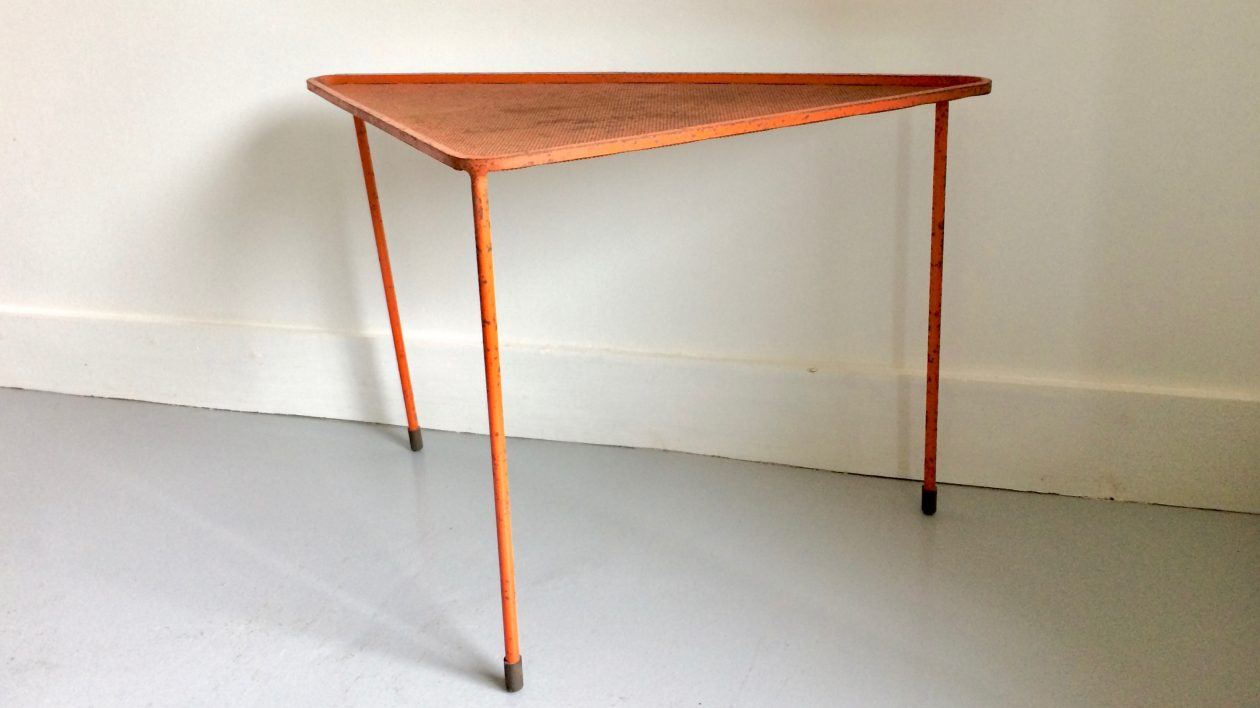 low table mathieu mategot triangle