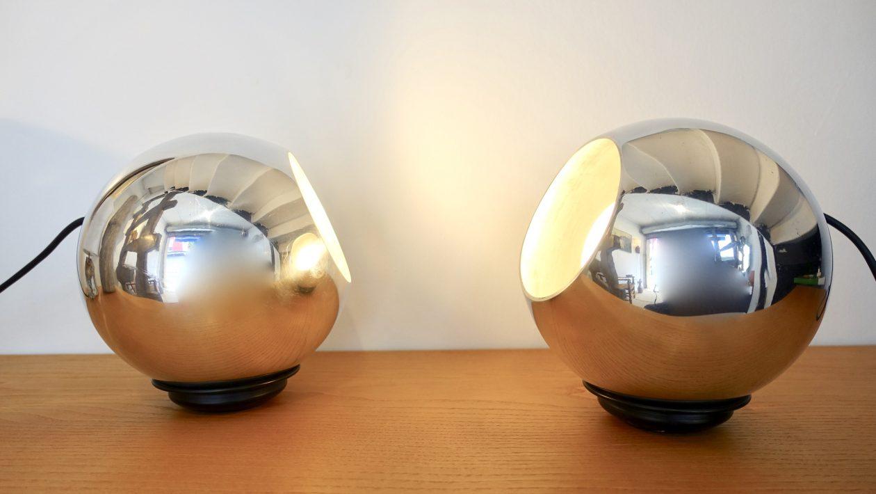 SARFATTI Gino Paire de lampes modèle 586 édition Arteluce Italie, 1962 Métal chromé Haut. 23 cm - Diam. 20 cm